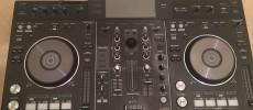 Pioneer DDJ-RX Controlador DJ costó sólo 700 euros